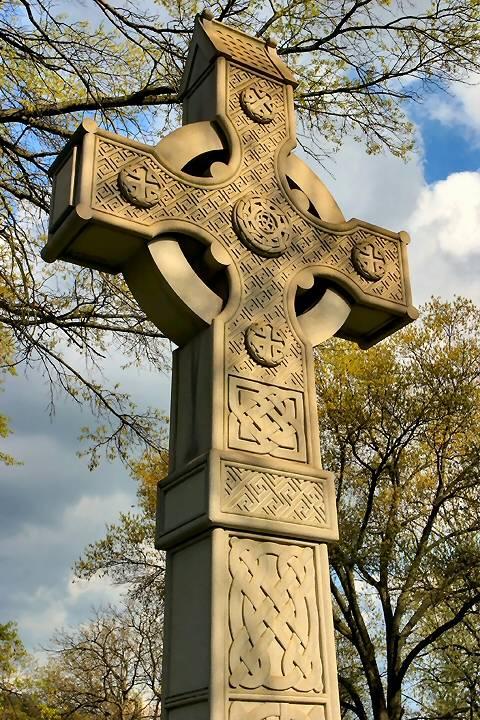 tombstone_celtic_cross