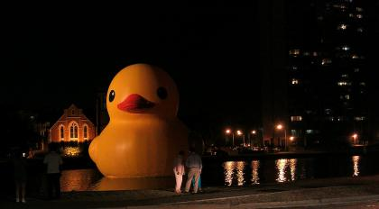 Our evening shot of the local museum's publicity stunt involving a bath toy in The Hague.