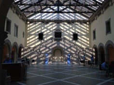 The shadows were rather symmetrical in Huber Court when we walked into the museum.